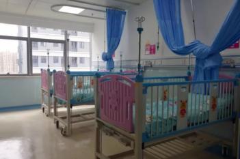 儿科大楼住院病房